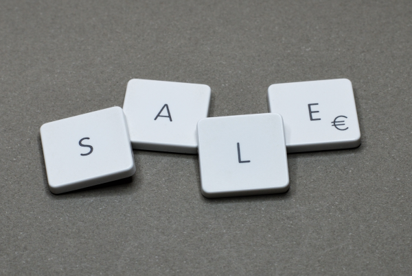 The Sale word is presented to represent the scaling up journey of Salesloft.